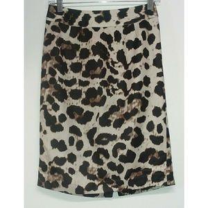 EUC Banana Republic Leopard Print Skirt 0